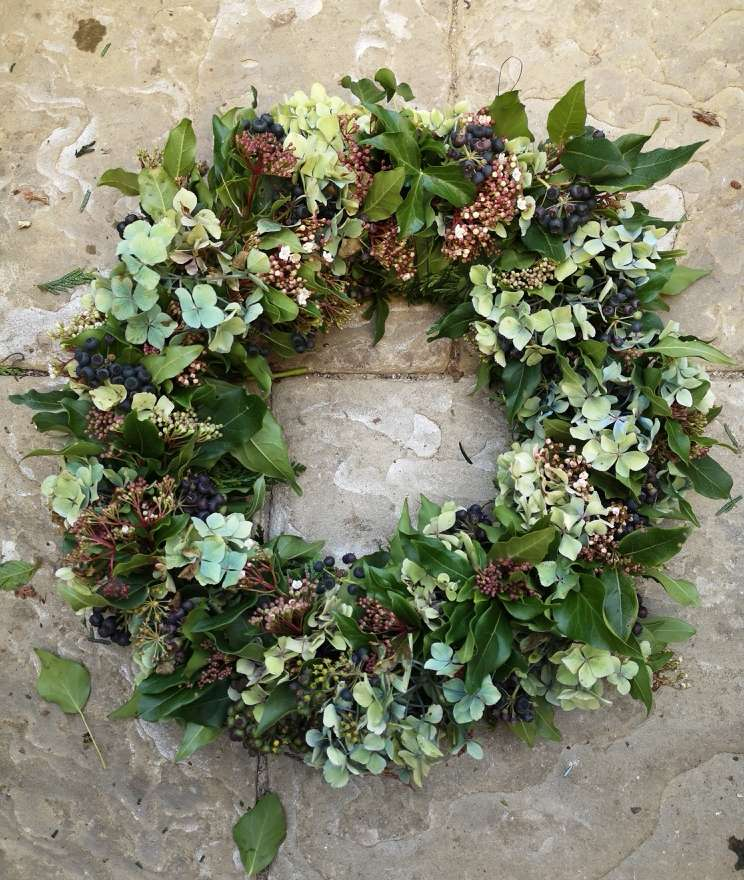 Christmas Wreath Making – Fully Booked